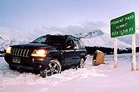 /images/133/2004-11-fremont-pass-jeep.jpg - #02406: highest road around … November 2004 -- Fremont Pass, Colorado