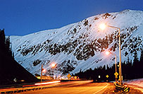/images/133/2004-11-summit-pass1.jpg - #02406: Eisenhower Tunnel (elev 11,013ft) from Silverthorne side … Oct 2004 -- Eisenhower Tunnel, Colorado