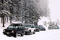 /images/133/2005-02-evans-cars-parked.jpg - #02418: road before Mt Evans … Feb 2005 -- Mt Evans, Colorado