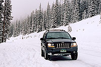 /images/133/2005-02-evans-jeep-snow.jpg - 02423: my Jeep at road before Mt Evans … Feb 2005 -- Mt Evans, Colorado