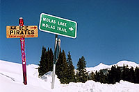 /images/133/2005-03-ouray-ice-pirates.jpg - #02513: Molas Pass … March 2005 -- Molas Pass, Colorado