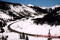 /images/133/2005-03-silverton-curve-road.jpg - #02540: road near Silverton … March 2005 -- Silverton, Colorado
