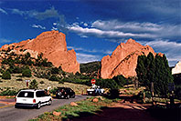 /images/133/2005-09-gardgods2.jpg - #02597: morning at Garden of the Gods … Sept 2005 -- Garden of the Gods, Colorado Springs, Colorado