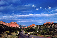 /images/133/2005-09-gardgods4.jpg - #02600: morning at Garden of the Gods … Sept 2005 -- Garden of the Gods, Colorado Springs, Colorado