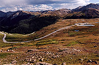 /images/133/2005-09-indep-view4.jpg - #02611: peak of Independence Pass (at parking lot) behind pond … Sept 2005 -- Independence Pass, Colorado