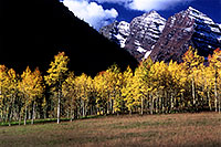 /images/133/2005-09-maroon-meadow2.jpg - #02619: images of Maroon Bells … Sept 2005 -- Maroon Bells, Colorado