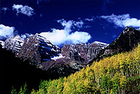 /images/133/2005-09-maroon-meadow6.jpg - #02622: images of Maroon Bells … Sept 2005 -- Maroon Bells, Colorado