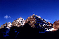 /images/133/2005-09-maroon-peaks1.jpg - #02626: images of Maroon Bells … Sept 2005 -- Maroon Bells, Colorado