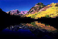 /images/133/2005-09-maroon-reflection1.jpg - #02630: images of Maroon Bells … Sept 2005 -- Maroon Bells, Colorado