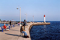 /images/133/2005-10-oakville-harbor3.jpg - #02647: images of Oakville harbour in Ontario … Oct 2005 -- Oakville, Ontario.Canada