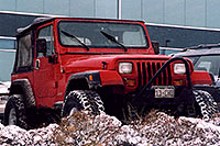 /images/133/2006-01-jep-red-jeep1.jpg - #02664: red Jeep Wrangler in Englewood … Jan 2006 -- Englewood, Colorado