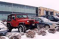 /images/133/2006-01-jep-red-jeep2.jpg - #02665: red Jeep Wrangler in Englewood … Jan 2006 -- Englewood, Colorado