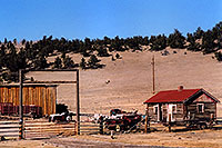 /images/133/2006-02-fairplay-shacks2.jpg - #02697: images of Fairplay … Feb 2006 -- Fairplay, Colorado