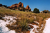 /images/133/2006-02-garden-views1.jpg - #02702: images of Garden of the Gods … Feb 2006 -- Garden of the Gods, Colorado Springs, Colorado