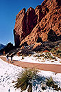 /images/133/2006-02-garden-views4-v.jpg - #02705: images of Garden of the Gods … Feb 2006 -- Garden of the Gods, Colorado Springs, Colorado
