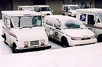 /images/133/2006-02-greenwood-us-mail.jpg - #02723: US Mail trucks in Greenwood Village … Feb 2006 -- Greenwood Village, Colorado