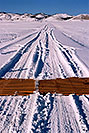 /images/133/2006-02-hartsel-snow-vert1-v.jpg - #02734: snowy side-road heading north … between Wilkerson Pass & Hartsel … Feb 2006 -- Wilkerson Pass, Colorado