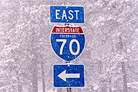 /images/133/2006-03-i70-sign.jpg - #02815: I-70 sign during a March snowstorm near Golden … March 2006 -- I-70, Golden, Colorado