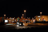 /images/133/2006-10-05-lone-night01.jpg - #02920: Safeway at Yosemite and Lincoln … Images of Lone Tree … Oct 2006 -- Yosemite Rd, Lone Tree, Colorado