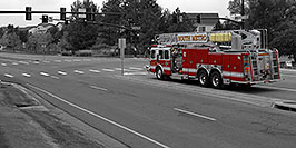 /images/133/2006-10-08-lone-firetruck-yosemite-w.jpg - #02974: Lone Tree Firetruck at Yosemite and Lone Tree Parkway - South Metro Fire Rescue #34 … Oct 2006 -- Yosemite Rd, Lone Tree, Colorado