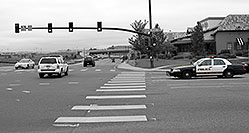 /images/133/2006-10-08-lone-traffic03.jpg - #02985: Lone Tree Police at Yosemite Road and Park Meadows Drive … Oct 2006 -- Yosemite Rd, Lone Tree, Colorado