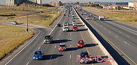 /images/133/2006-10-12-lone-i25-redmini.jpg - #03014: red Cooper Mini heading south on I-25 … Oct 2006 -- I-25, Lone Tree, Colorado