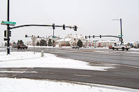 /images/133/2006-12-02-rem-road02.jpg - #03165: cars at Lincoln and Yosemite Rd in Lone Tree … Dec 2006 -- Yosemite Rd, Lone Tree, Colorado