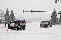 /images/133/2006-12-20-lone-lincoln02.jpg - #03216: Police directing traffic on Lincoln Rd … Dec 2006 -- Lincoln Rd, Lone Tree, Colorado