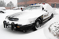 /images/133/2006-12-20-lone-police02.jpg - #03219: Lone Tree Police car during a December snowstorm … Dec 2006 -- Lone Tree, Colorado