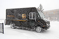 /images/133/2006-12-20-lone-ups.jpg - #03226: UPS on delivery … Dec 2006 -- Lincoln Rd, Lone Tree, Colorado