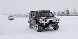 /images/133/2006-12-21-lone-snow02.jpg - #03254: Hummer H2 with Gobi roofrack during December snowstorm … Dec 2006 -- Lone Tree, Colorado
