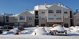 /images/133/2006-12-22-rem-sunny01-pano.jpg - #03260: Mater (as in Tuh-Mater) after a snowstorm (or Tow-Mater)  … Dec 2006 -- Remington, Lone Tree, Colorado