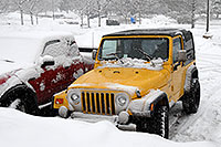 /images/133/2006-12-28-jep-yellow03.jpg - #03278: yellow Jeep Wrangler in Englewood … Dec 2006 -- Inverness Dr, Englewood, Colorado