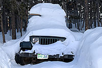 /images/133/2007-01-07-miners-jeeps02.jpg - #03304: snowy green Jeep Wrangler … Jan 2007 -- Miner`s Candle, Idaho Springs, Colorado