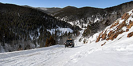 /images/133/2007-01-07-miners-view09-pano.jpg - #03327: offroading in Trigger at Miner`s Candle … Jan 2007 -- Miner`s Candle, Idaho Springs, Colorado