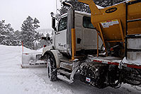 /images/133/2007-01-21-sed-snowplow4.jpg - #03359: snowplow in the woods of Sedalia … Jan 2007 -- Sedalia, Colorado