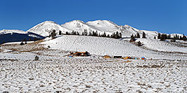 /images/133/2007-01-28-lead-view-pano.jpg - #03436: houses south of Leadville, in neighborhood of Mt Elbert … Jan 2007 -- Leadville, Colorado