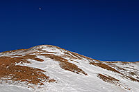 /images/133/2007-01-28-love-view07.jpg - #03449: moon over summit of east face of Loveland Pass … Jan 2007 -- Loveland Pass, Colorado