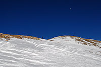 /images/133/2007-01-28-love-view09.jpg - #03451: skier walking up east face of Loveland Pass … Jan 2007 -- Loveland Pass, Colorado