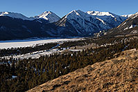 /images/133/2007-01-28-twin-view1.jpg - #03457: images of Twin Lakes … Jan 2007 -- Twin Lakes, Colorado