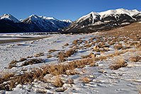 /images/133/2007-01-28-twin-view2.jpg - #03458: images of Twin Lakes … Jan 2007 -- Mt Elbert, Twin Lakes, Colorado