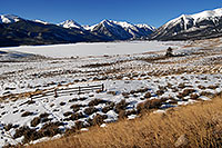 /images/133/2007-01-28-twin-view7.jpg - #03463: images of Twin Lakes … Jan 2007 -- Twin Lakes, Colorado