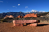 /images/133/2007-02-26-gods-above-bench.jpg - #03510: view of Garden of the Gods with Pikes Peak in the clouds … Feb 2007 -- Garden of the Gods, Colorado Springs, Colorado