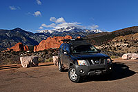 /images/133/2007-02-26-gods-xterra.jpg - #03536: Xterra with Garden of the Gods and Pikes Peak in the background … Feb 2007 -- Garden of the Gods, Colorado Springs, Colorado