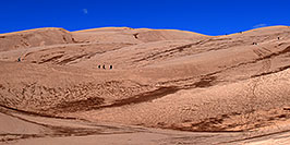 /images/133/2007-04-14-sand-dunes-pan01.jpg - #03754: People walking up Great Sand Dunes … April 2007 -- Great Sand Dunes, Colorado