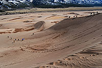 /images/133/2007-04-14-sand-dunes06.jpg - #03735: people walking down Great Sand Dunes … April 2007 -- Great Sand Dunes, Colorado