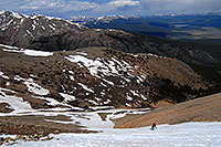 /images/133/2007-06-10-elbert-skier-d01.jpg - #03910: Skier skiing down Mt Elbert … June 2007 -- Mt Elbert, Colorado