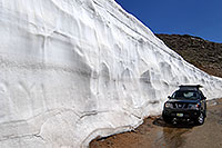 /images/133/2007-06-17-evans-bank-xte01.jpg - #03922: 20ft snowbanks at 11,500ft on a road up Mt Evans … June 2007 -- Mount Evans Road, Mt Evans, Colorado