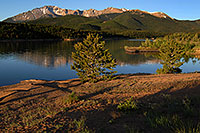 /images/133/2007-06-22-pikes-lake03.jpg - #03986: Morning reflection of Pikes Peak in Crystal Reservoir … June 2007 -- Crystal Reservoir, Pikes Peak, Colorado