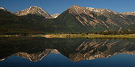 /images/133/2007-06-24-twin-reflect01-pano.jpg - #04048: images of Twin Lakes … June 2007 -- Twin Lakes, Colorado